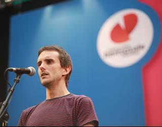 Ander Fuentes zubietarrak irabazi du Aitor Sarasua bertsopaper lehiaketaren lehen edizioa