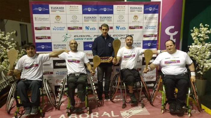 Asier Navaridas eta Joseba Lasa pilota egokitutako II. Master Cup txapelketaren finalean izanen dira