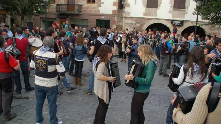 Nafarroako Akordeolarien Topaketa larunbatean, Arantzan