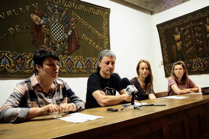 Miren Gorrotxategi azpeitiarrak irabazi du 2019ko (H)ilbeltza beka 'Vianako bihotza' egitasmoarekin