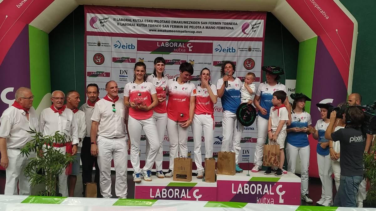 Iera Agirre leitzarrak eta Oihana Orbegozok irabazi dute sanferminetako emakumeen Master Cup pilota txapelketa