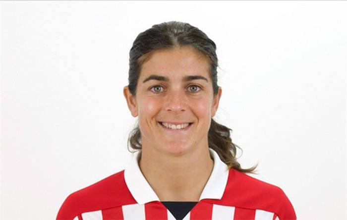 Futbola utziko duela iragarri du Ane Bergara beratarrak