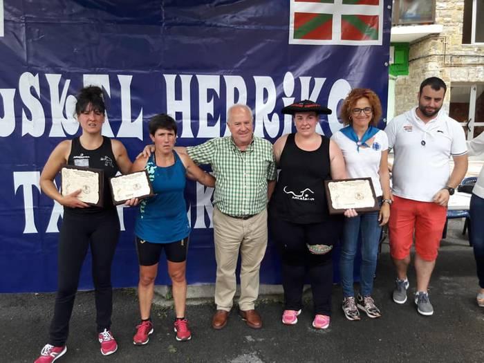 Bigarrenez emakumezkoen Euskal Herriko aizkora txapelketa irabazi du Nerea Sorondo beratarrak