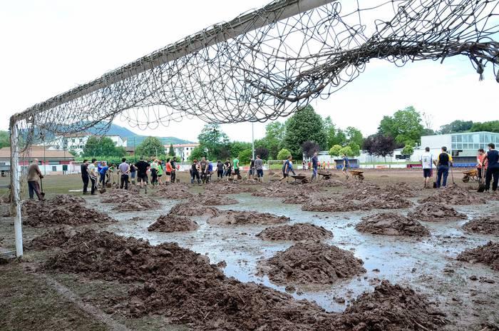 Larunbat honetan inauguratuko dute Elizondoko Giltxaurdi futbol-zelai berritua