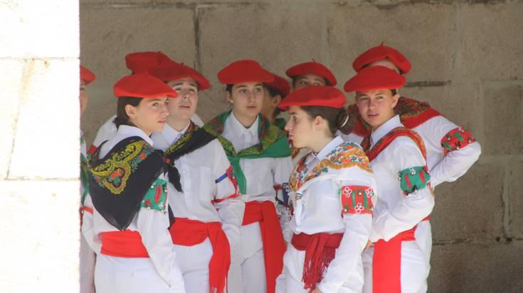 San Esteban eguneko goizeko dantzak Beran