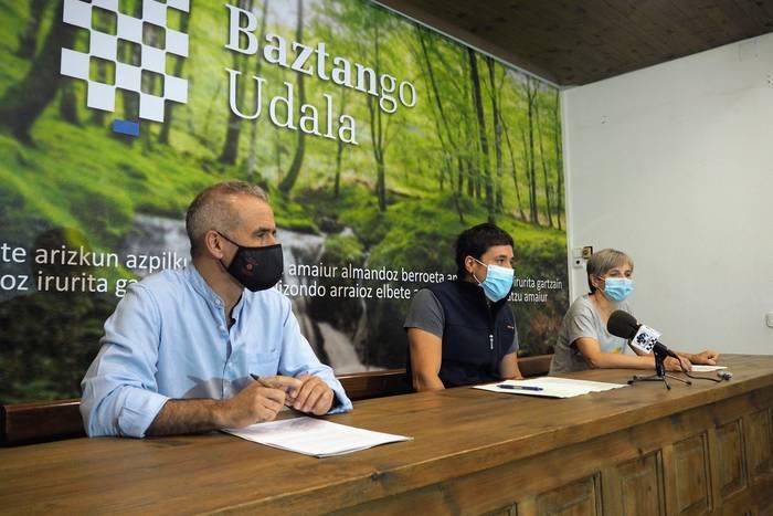 Landa eremuetako turismoaren kudeaketarako eredua lantzen hasi da Baztango Udala