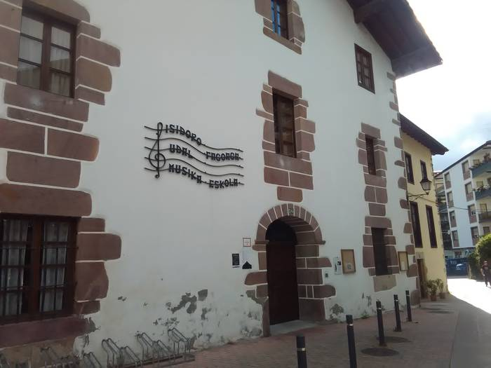 musika-eskola
