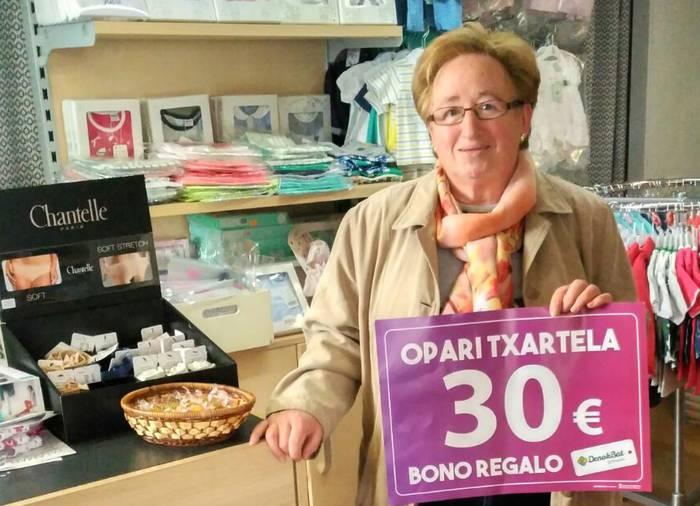 Hiru astez 400na euro zozketatuko ditu Denok Bat Federazioak