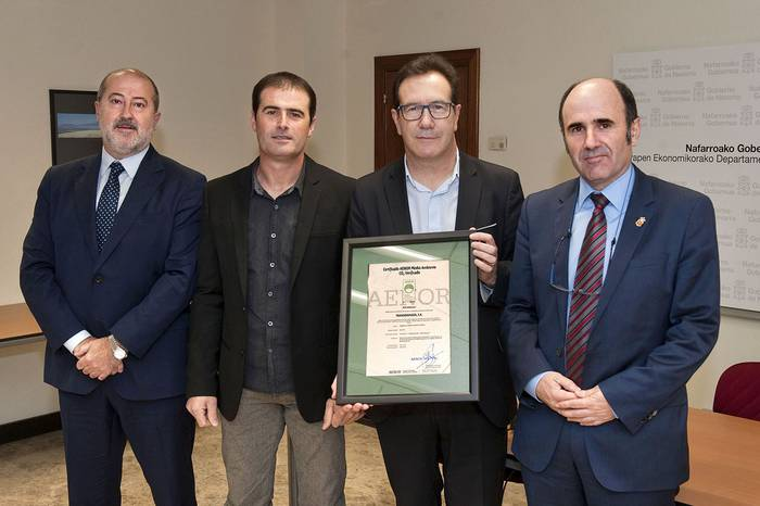 Karbono Aztarnaren Ziurtagiria jaso du Transbidasoa garraio enpresak