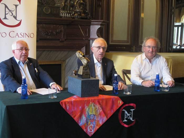 Iruñeko Kasino Berriko sanferminetako zapia diseinatu du Juan Carlos Pikabea lesakarrak