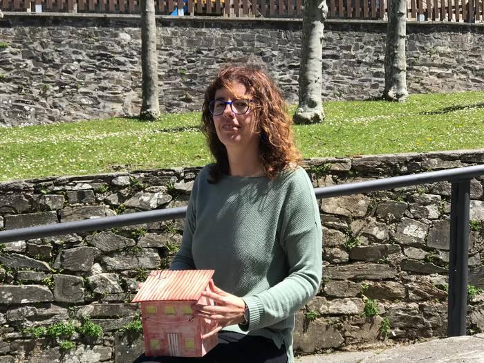 Amagoia Olazabal hondarribitarraren zeramika erakusketa zabalik dute Aranon