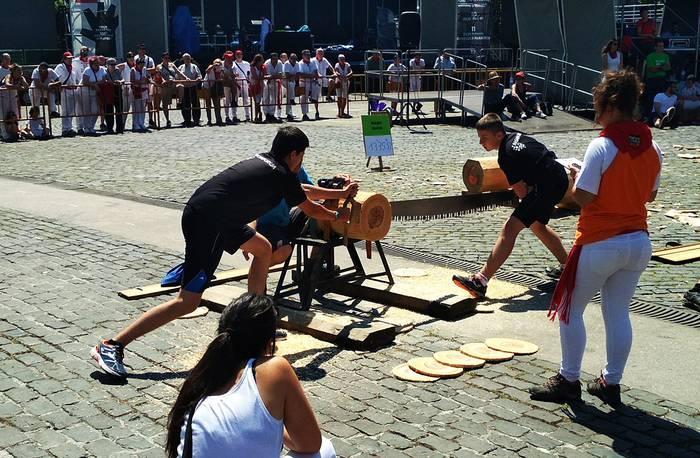 Nafarroako hirugarren mailako aizkora txapelketaren finalean ariko den boskotea erabaki da Iruñean