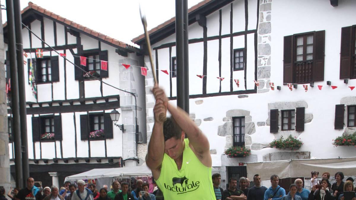 Eneko Saralegi leitzarra ariko da larunbatean Otxandion jokatuko den Euskal Herriko hirugarren mailako aizkora txapelketaren finalean