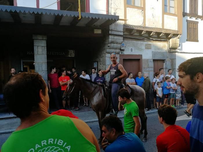 Zubiriak irabazi du Saralegi eta Otxuneren aurkako apustua