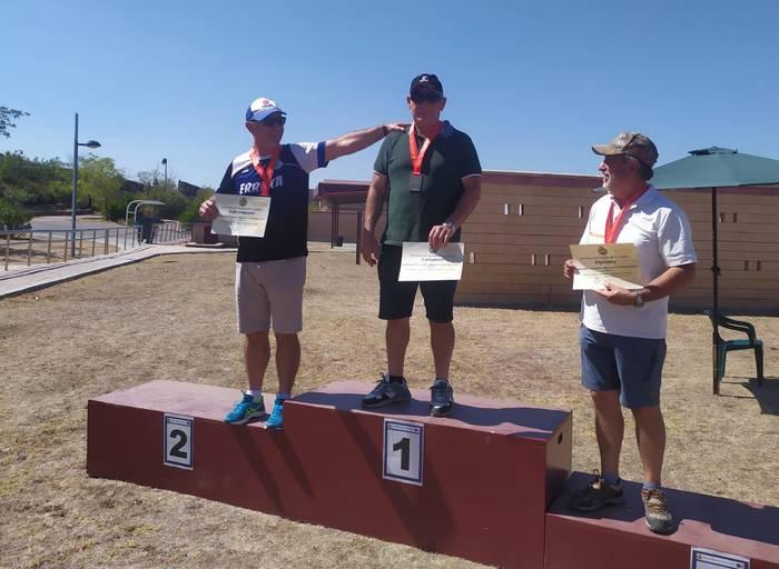 Espainiako Plater tiroketa txapelketan beterano mailan bigarren izan da Juanan Prieto beratarra