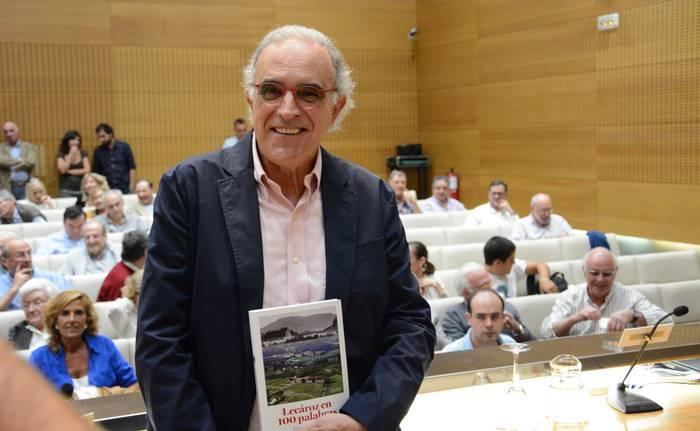 Lekarozko kolegioaren historia bildu du Fermin Goñi idazleak
