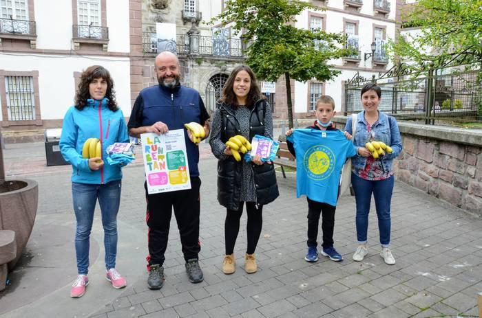 LarunBertan ekimena antolatu dute Baztango merkatariek La Palmaren alde