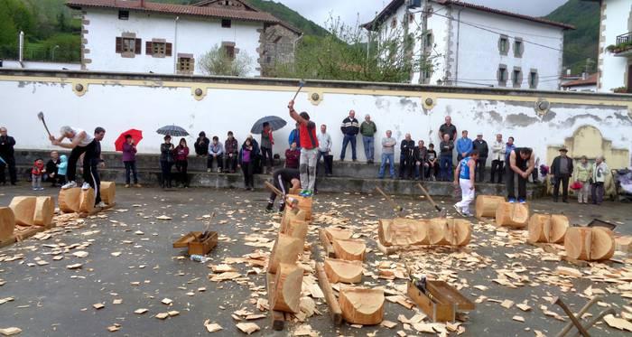 Ittur-Ondo elkartearen urteroko besta egin dute Beintza-Labaienen
