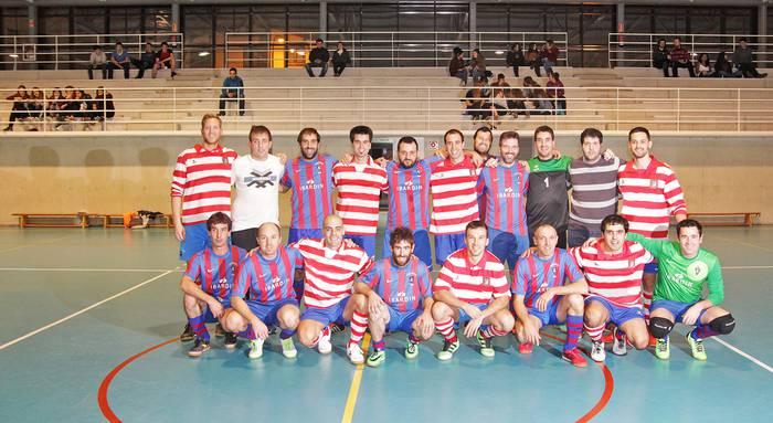 Gipuzkoako bigarren mailako liga irabazi du Gure Txokoako areto-futbol taldeak eta Aurrera bigarren izan da