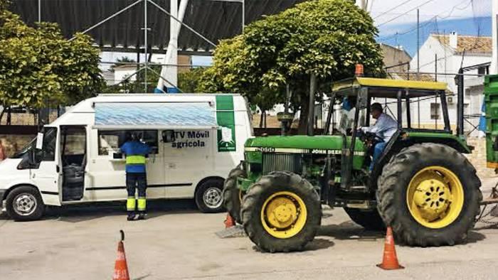 Traktoreen azterketak teknikoak egiteko hitzorduak zehaztu dituzte