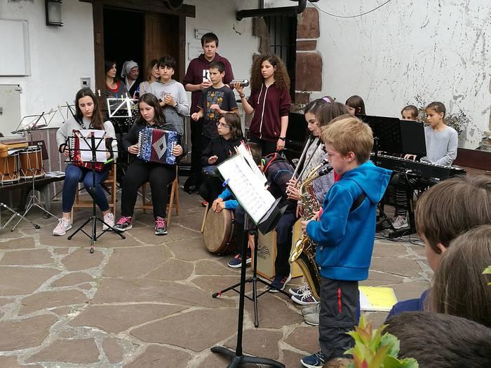 Nafarroako Gobernuak 118.000 euro banatuko ditu eskualdeko udal musika eskolen artean