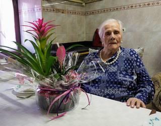 Baztandarrik xaharrenak, Amaiurko Candida Jauregi Magirenak, 105 urte bete ditu