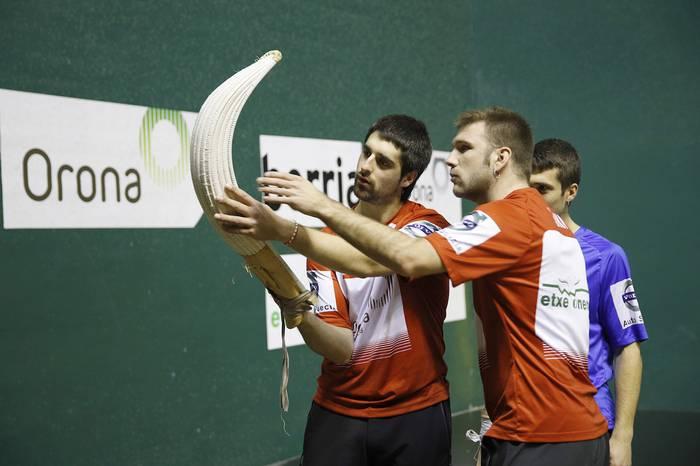 Juaneneak irabazi egin dio Endikari eta bi saldiastarrak seguru dira finalerdietan