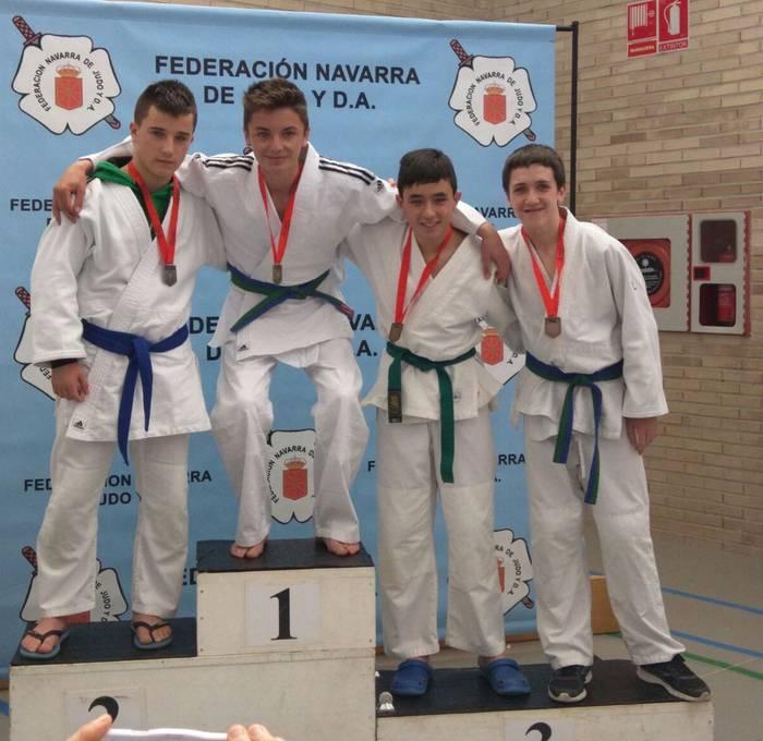 Errekako judokek hiru domina lortu dituzte Nafarroako Kirol Jokuetan