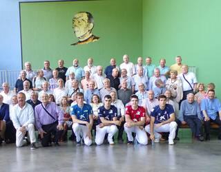 Oronozko San Martin eskolako frontoi zaharberritua inauguratu dute
