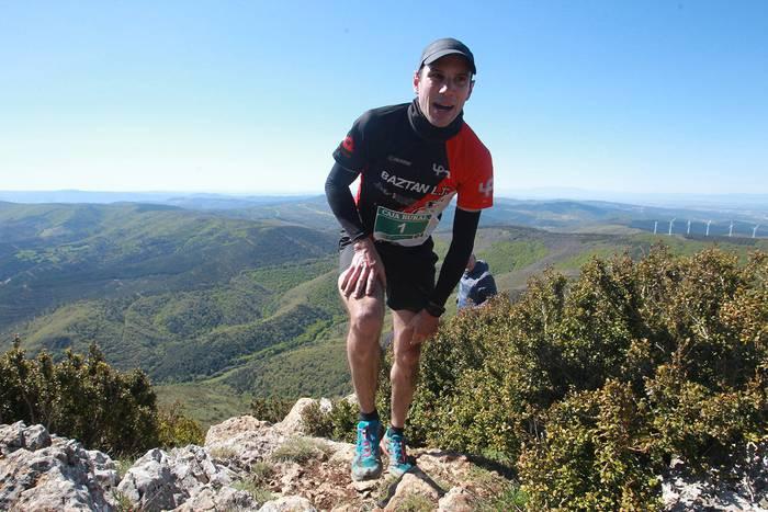 Iñaki Mihurak irabazi du Higa de Monrealgo XTrem mendi lasterketa