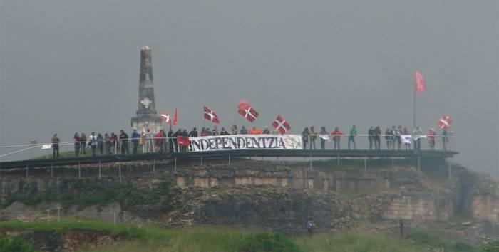 Euskal Herriaren independentzia aldarrikatu dute Amaiurren