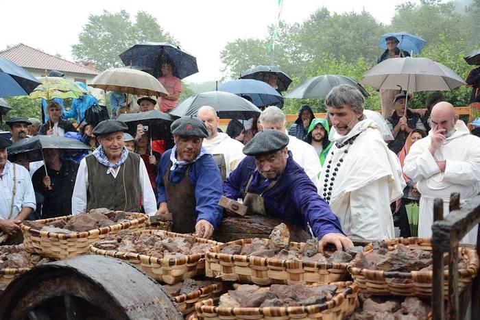 Burdinaren Egunaren hamaikagarren edizioa eginen dute agorrilaren 11n Urdazubin