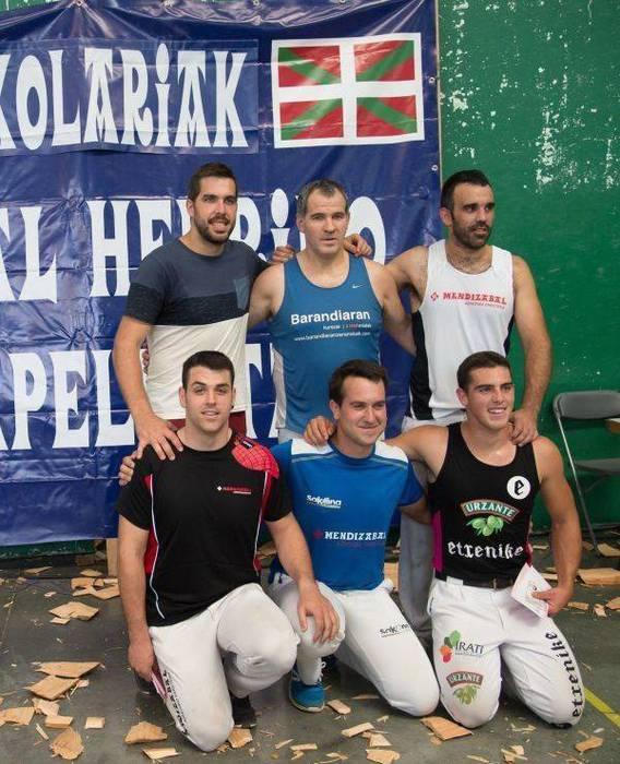 Lehen mailako Euskal Herriko aizkora txapelketako finaletik kanpo gelditu dira Rekondo eta Saralegi