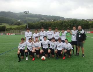 Donosti Cup txapelketako futbol partidak jokatzen ari dira Berako eta Lesakako futbol-zelaietan