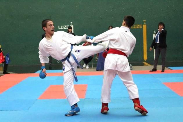 Arantzako Mikel Goizueta txapeldunorde izan da Gipuzkoako karate txapelketan