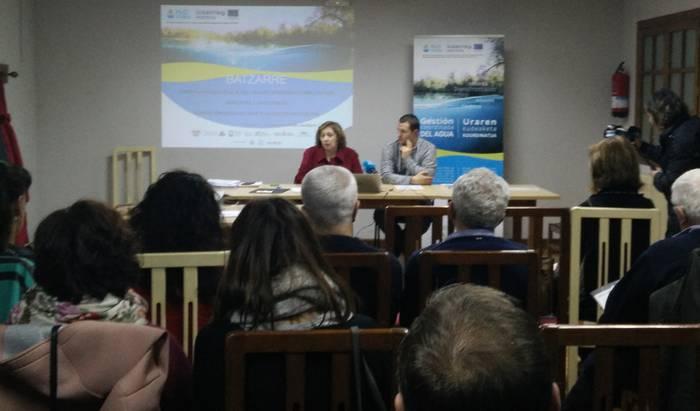 Nafarroako Gobernuak eta Doneztebeko Udalak uholde-arriskuagatik udal larrialdi-plana aurkeztu dute