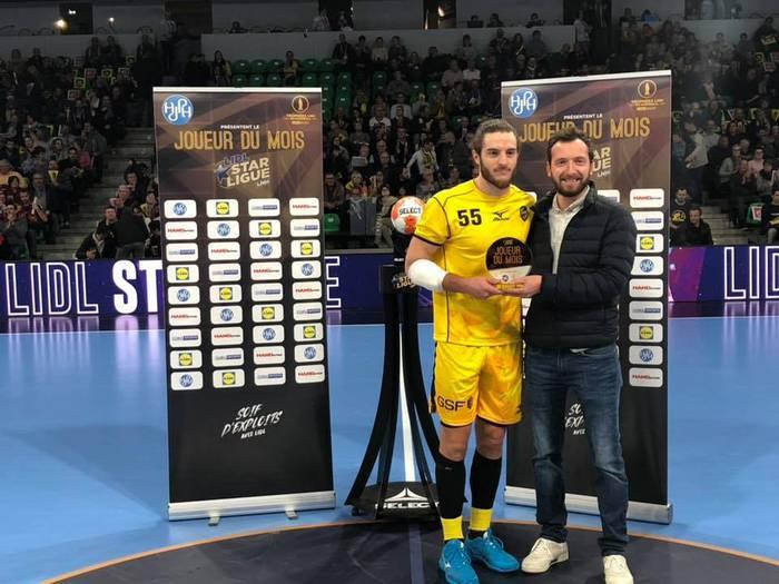 Niko Mindegia poloniar eskubaloi superligako zentral onena izendatu dute