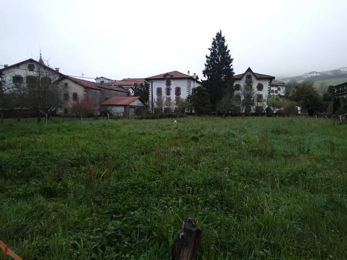 Sunbillan eskola berria egiteko lurren okupazioa presakoa dela deklaratu du Nafarroako Gobernuak