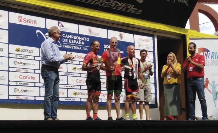 Espainiako master-60 txapelketa irabazi du Luciano Mitxelena txirrindulari lesakarrak
